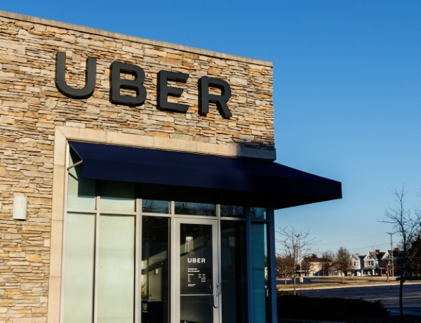 Why Uber Wants Drivers as Contractors