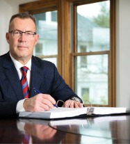Cultivating Legal Expertise in the Courtroom