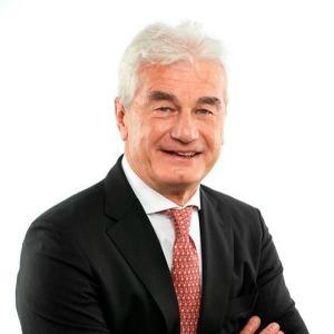 András Szecskay