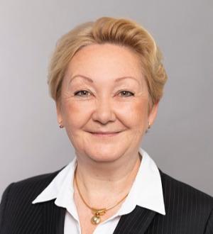 Silvia C. Bauer