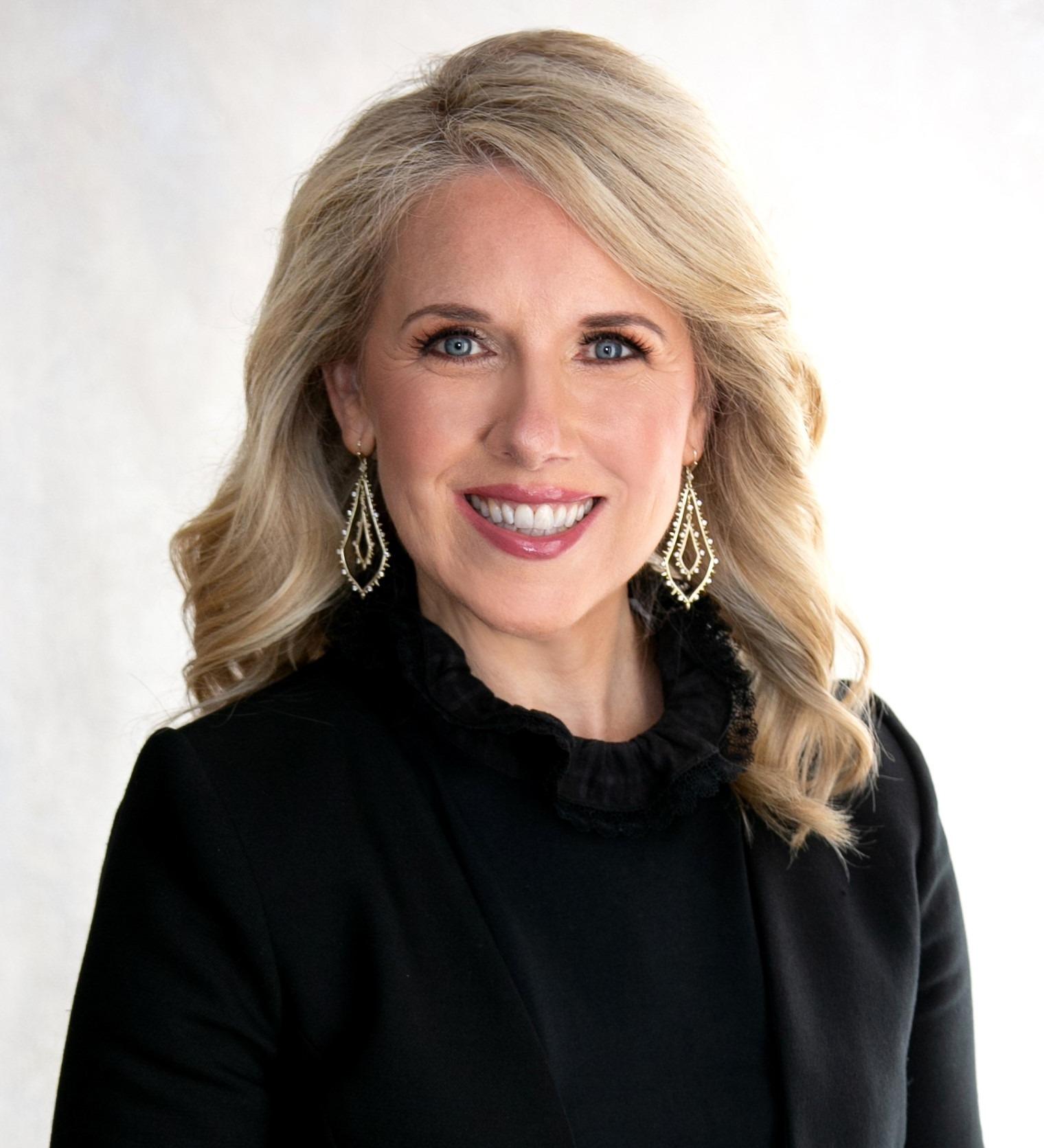 Julie McGhee Howard's Profile Image